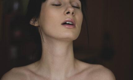 Schöne Haut durch tiefes Peeling