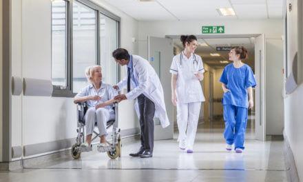 Arbeitsalltag von Pflege, Küche und Betriebstechnik