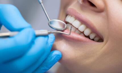 Gesund genug für Zahnimplantate?