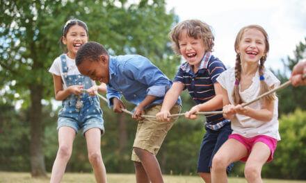 Für gross und klein – Spiele mit Seil fördern starke Muskeln und Koordination!