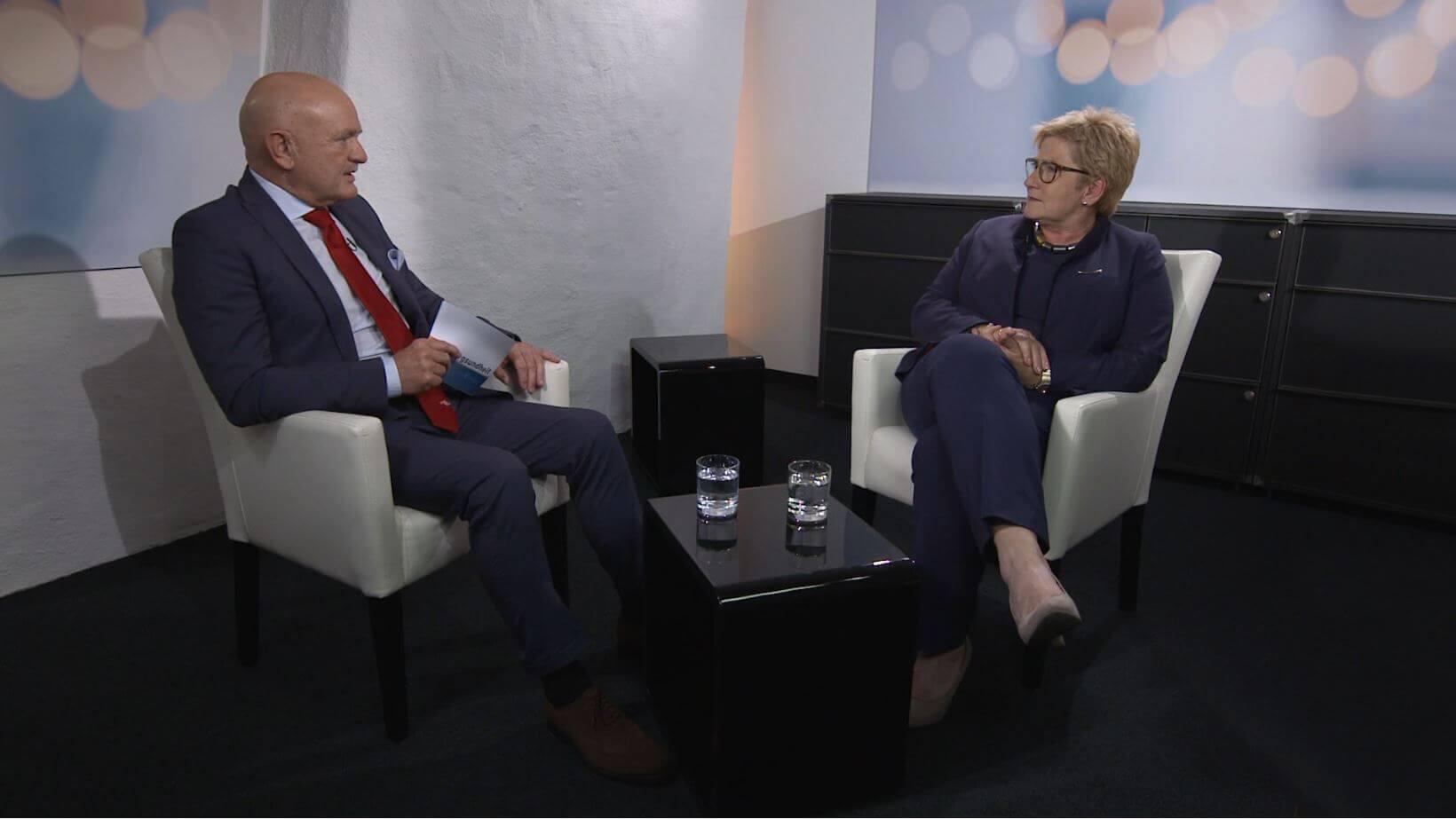 Gesundheitswesen – Ansichten einer Finanzdirektorin: Berner Regierungsrätin Beatrice Simon im Gespräch