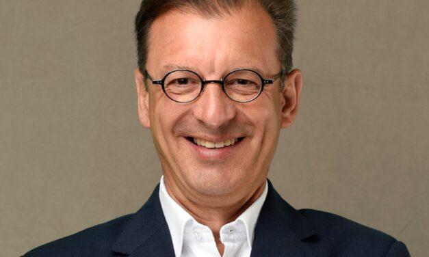 Novartis-Länderpräsident Matthias Leuenberger: Impfstoff Ende des nächsten Jahres